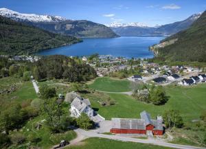 Huse Gjestegard, Ferienhäuser  Kinsarvik - big - 14