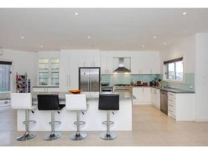 obrázek - Luxury Living on Island Time, 6Bedrooms 6Bathrooms