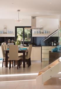 Luxury Ocean Front Villla, Ville  Achada de Cima - big - 14
