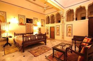 Indra Vilas, Курортные отели  Alsīsar - big - 19