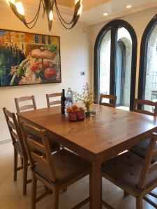 Mamilla's penthouse, Apartmány  Jeruzalém - big - 38