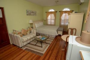 Dawkins Manor Apartment & Suites, 29 St. Michael's Rd
