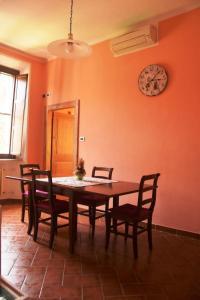 Il Glicine Apartment Rimini - AbcAlberghi.com