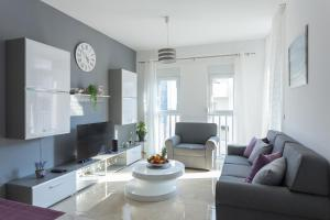 Bright Style Apartment - Obuljeno