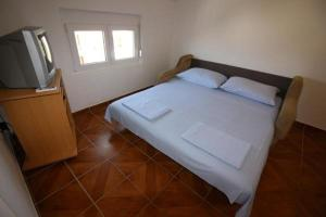 Apartment in Vir with sea view, balcony, air conditioning, Wi-Fi (4587-5)