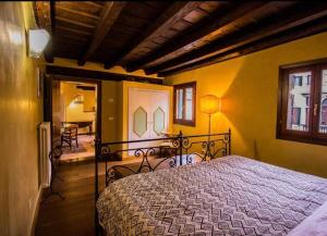 Apartment with a view in the heart of Venice - AbcAlberghi.com