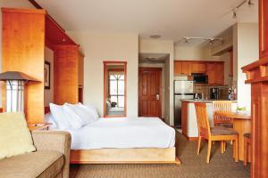 Pan Pacific Whistler Mountainside - Hotel - Whistler Blackcomb