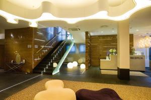 Velvet Hotel & Restaurant