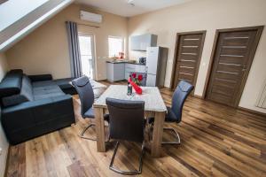 Karczma Skalna Apartamenty, Pokoje i Restauracja