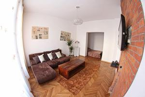 Central Old Town Apartment