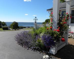 Colonial Gables Oceanfront Vil..