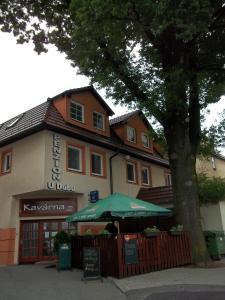Albergues - Penzion a kavárna U Dubu