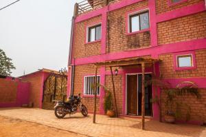 Residence Hotel Lwili, Hotely  Ouagadougou - big - 38