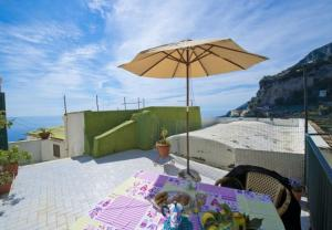 Amalfi Apartment Sleeps 3 - AbcAlberghi.com