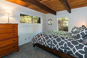 120 Juanita #4 Home, Prázdninové domy  Incline Village - big - 31