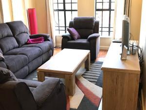 Cozy Two Bedroom Apartment, Apartments  Nairobi - big - 9
