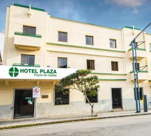 Hotel Plaza Poços de Caldas com Cortesia de 01 dia no Parque Walter World
