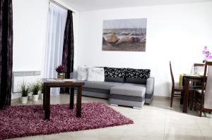 Apartament IKAR z ogródkiem blisko morza