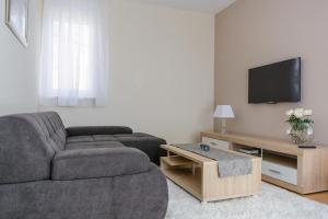 Apartment Rastici 16248d