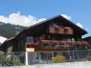 Apartment Hari - Hotel - Adelboden