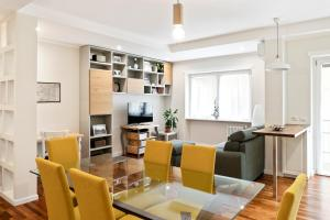 Modern and bright 2bed flat 15min from Colosseum - Garbatella