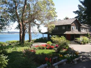 Captain Whidbey Inn - Coupeville