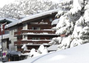 Hotel Hirlanda - Zürs