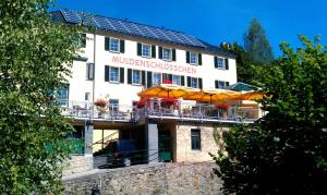 Hotel & Restaurant Muldenschlösschen - Kohren-Sahlis
