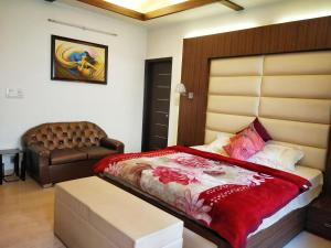 Green Nest - Private Garden with Your Room, Priváty  Gurugram - big - 2