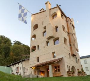 Turm zu Schloss Schedling - Brünning