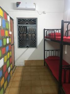 Bricks And Bamboo Hostel - BnB