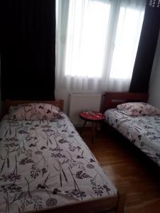 apartman stadion, Appartamenti  Tuzla - big - 10