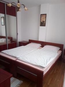 apartman stadion, Appartamenti  Tuzla - big - 16