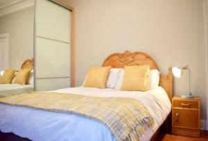 Traditional 2 Bedroom Flat with Views of Portobello Beach