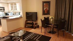 Toronto Luxury Accommodations - University Plaza.  Bild 9