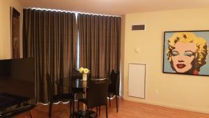 Toronto Luxury Accommodations - University Plaza.  Bild 11
