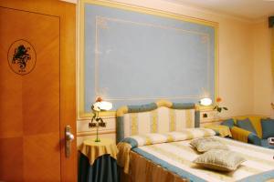 Hotel Ristorante Leon D'Oro (13 of 36)