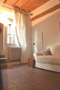 86 Via San Gallo - AbcAlberghi.com