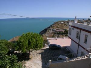 Residence Calazzurra - AbcAlberghi.com