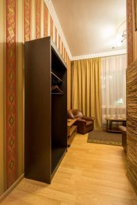 Hotel Lion, Hotely  Ljubercy - big - 64