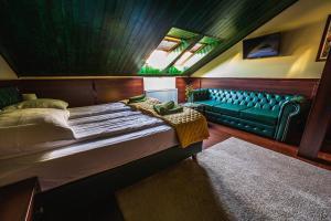 Shoemaker Irish Pub & Accommodation