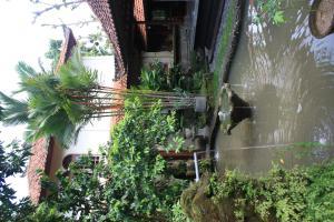 Villa Bhuana Alit, Гостевые дома  Убуд - big - 75