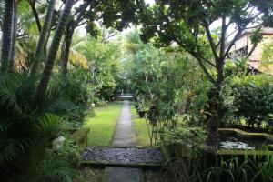Villa Bhuana Alit, Гостевые дома  Убуд - big - 1