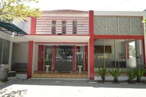 . Jambura Inn