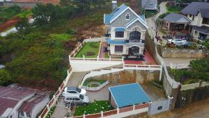 Villa Nhã Uyên Hill - Trai Mat