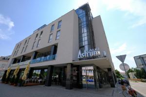 Hotel Astrum Laus, Подгайска