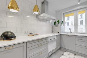 Flats For Rent - Luksusowy Apartament Przy Żurawiu