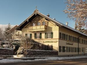 Landhaus Café Restaurant & Hotel - Degerndorf