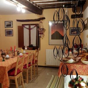 B&B Villa d'Aria, Bed & Breakfasts  Abbadia di Fiastra - big - 8