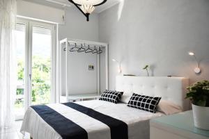 Costantino Suites - AbcAlberghi.com